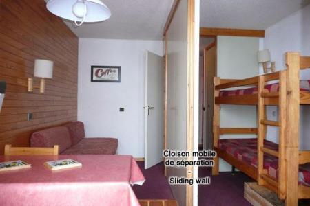 Location au ski Studio 4 personnes (513) - Residence Onyx - La Plagne - Porte-fenêtre donnant sur balcon