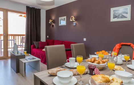 Rent in ski resort Résidence Prestige Front de Neige - La Plagne - Dining area