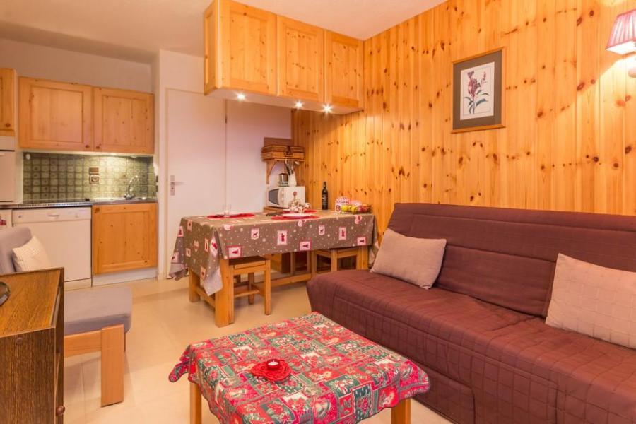 location appartement 2 pi ces 5 personnes 406 la. Black Bedroom Furniture Sets. Home Design Ideas