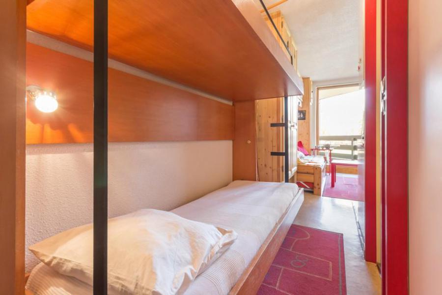 location appartement 2 pi ces coin montagne 6 personnes 104 la rosi re ski planet. Black Bedroom Furniture Sets. Home Design Ideas