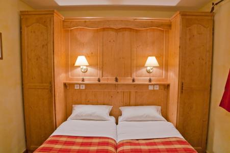 Rent in ski resort Les Balcons de la Rosière - La Rosière - Bedroom