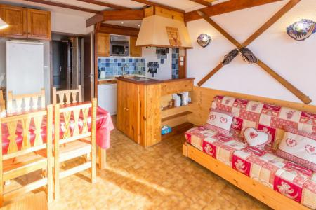Rent in ski resort Studio cabin 6 people (3E) - Les Chalets de la Rosière - La Rosière