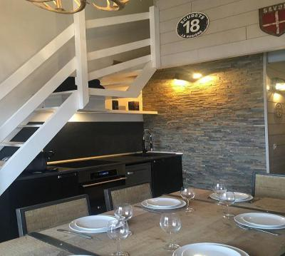 Rent in ski resort Studio mezzanine 6 people (515) - Les Hauts de la Rosière - La Rosière - Table