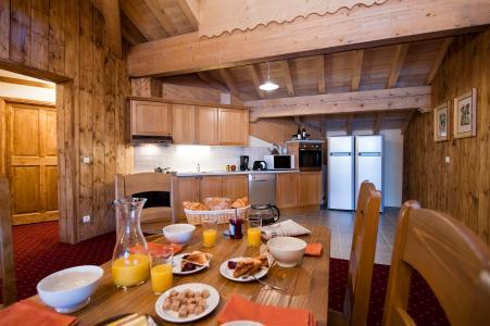 Alquiler al esquí Résidence Chalet le Refuge la Rosière - La Rosière - Comedor
