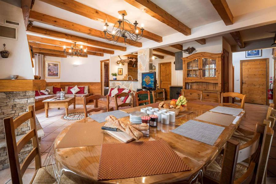 Location au ski Chalet Léa - La Tania - Salle à manger
