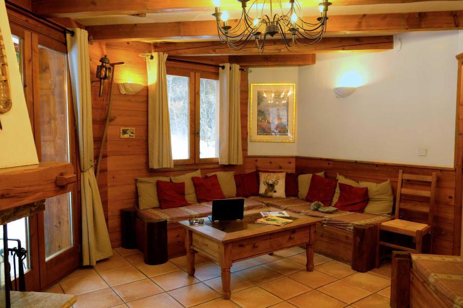 Ski verhuur Chalet Lea - La Tania - Woonkamer