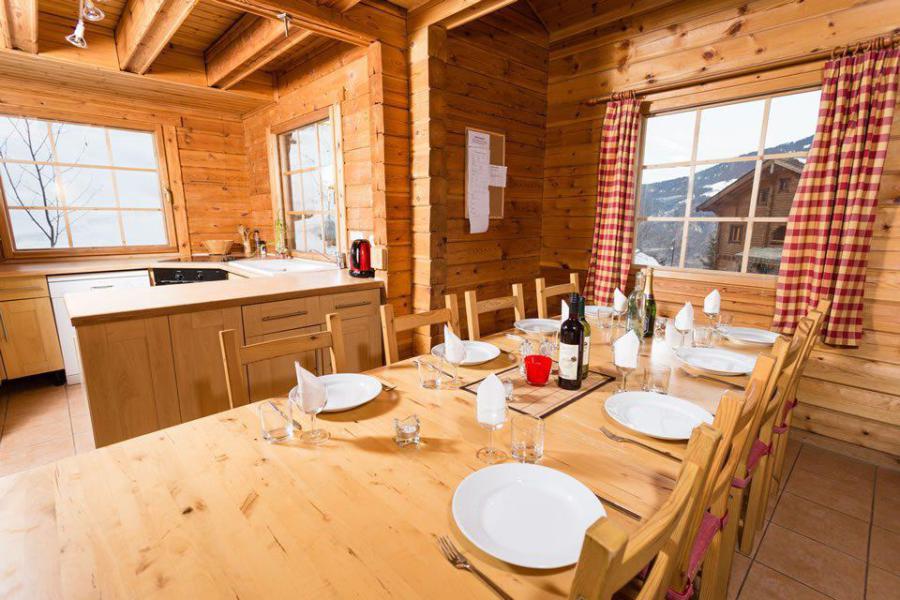 Location au ski Chalet mitoyen 8 pièces 14 personnes - Chalet Noella - La Tania - Salle à manger