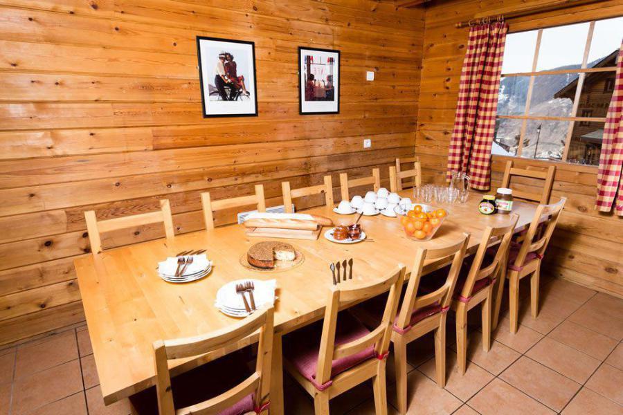 Location au ski Chalet mitoyen 8 pièces 14 personnes - Chalet Noella - La Tania - Table