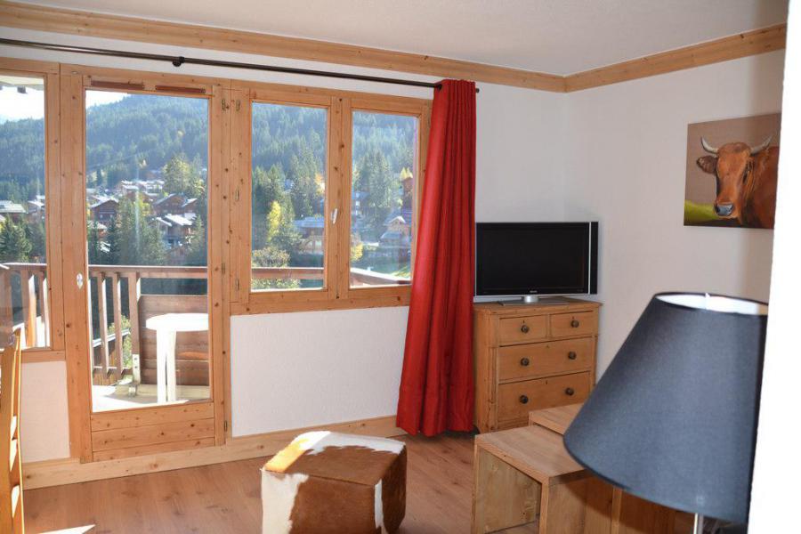 Аренда на лыжном курорте Апартаменты 2 комнат 4 чел. (34) - Résidence Saboia - La Tania - Французское окно выходящее на балкон