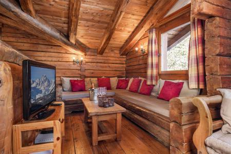 Rent in ski resort Chalet Elliot Est - La Tania - Living room