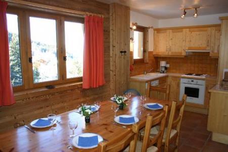 Location au ski Chalet 5 pièces 8 personnes (DEB) - Les Chalets De La Tania - La Tania - Coin repas