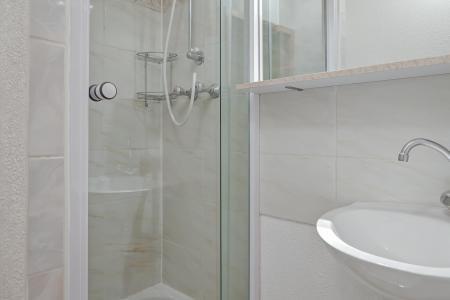 Location au ski Appartement duplex 3 pièces 10 personnes (210) - Residence Kalinka - La Tania - Douche