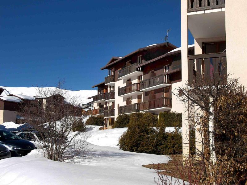 Holiday in mountain resort Plein Soleil - La Toussuire - Winter outside