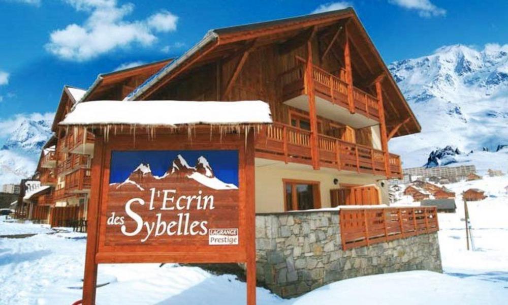Аренда на лыжном курорте Résidence l'Ecrin des Sybelles - La Toussuire - зимой под открытым небом