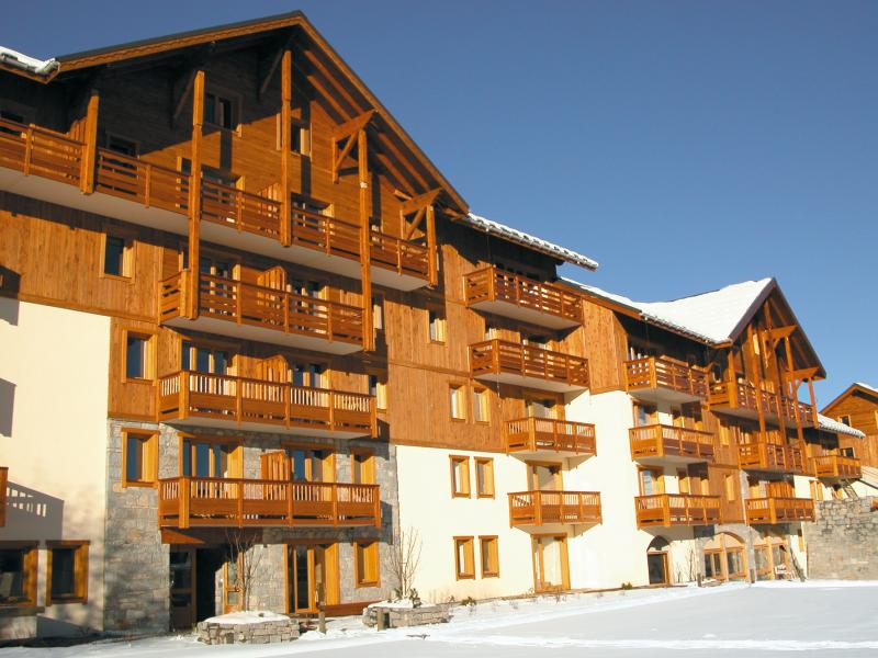 Vacances en montagne Résidence Lagrange l'Ecrin des Sybelles - La Toussuire - Extérieur hiver