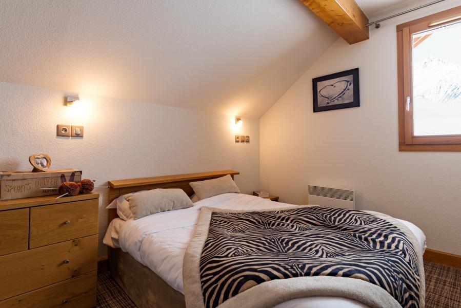 Location au ski Résidence Lagrange les Balcons des Aiguilles - La Toussuire - Chambre mansardée