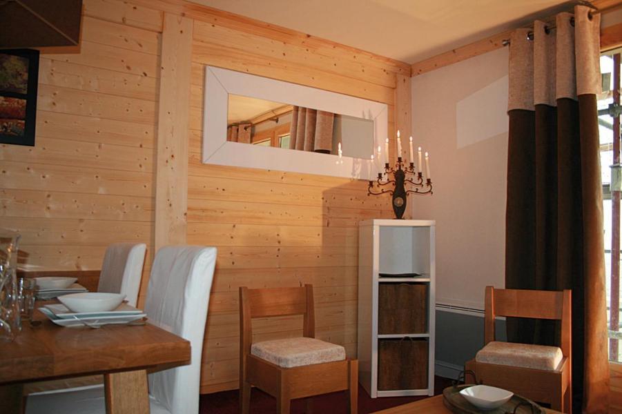 Alquiler al esquí Résidence Lagrange les Balcons des Aiguilles - La Toussuire - Mesa