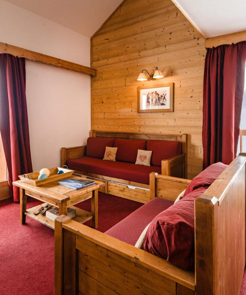 Location au ski Résidence Lagrange les Hauts de Comborcière - La Toussuire - Séjour