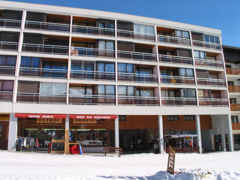 Location au ski Résidence les Ravières - La Toussuire - Extérieur hiver