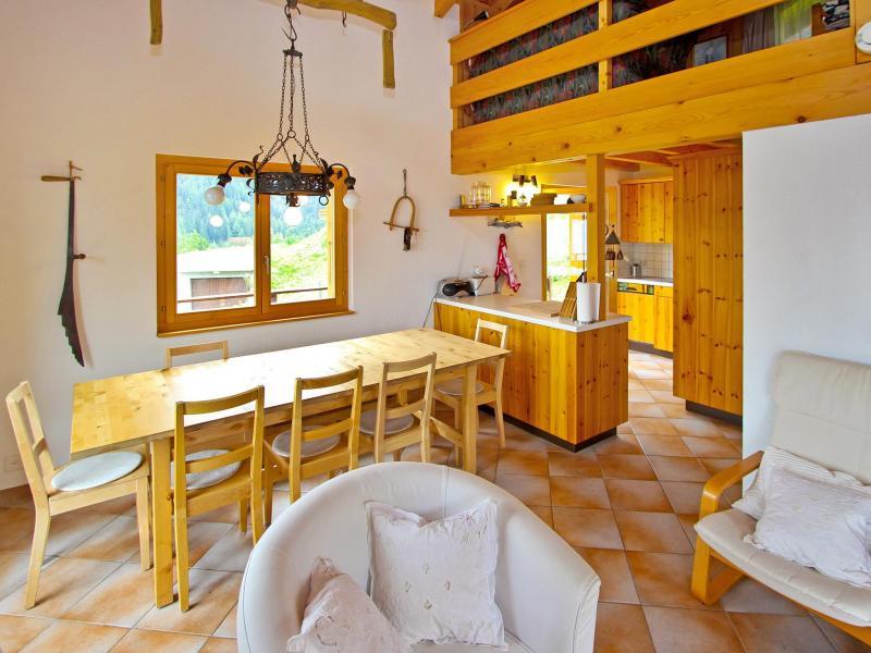 Location au ski Chalet Claire du Soleil - La Tzoumaz - Salle à manger