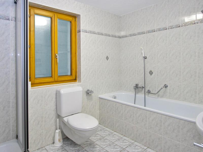 Location au ski Chalet Claire du Soleil - La Tzoumaz - Salle de bains