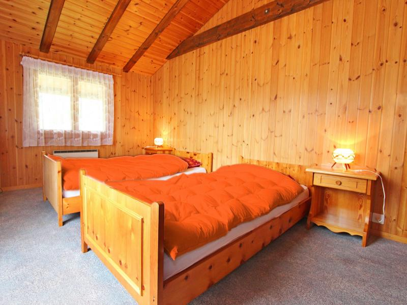 Location au ski Chalet de  - La Tzoumaz - Chambre mansardée