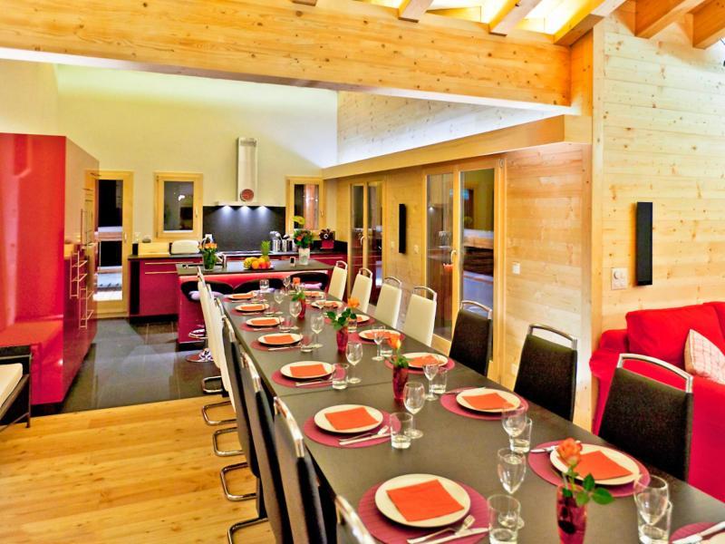 Аренда на лыжном курорте Chalet Flocon de Neige - La Tzoumaz - Стол