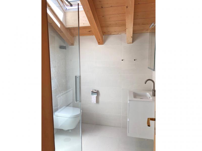 Rent in ski resort Chalet Mouettes - La Tzoumaz - Shower room