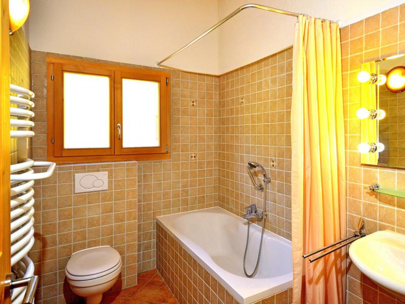 Rent in ski resort Chalet Pierina - La Tzoumaz - Bathroom