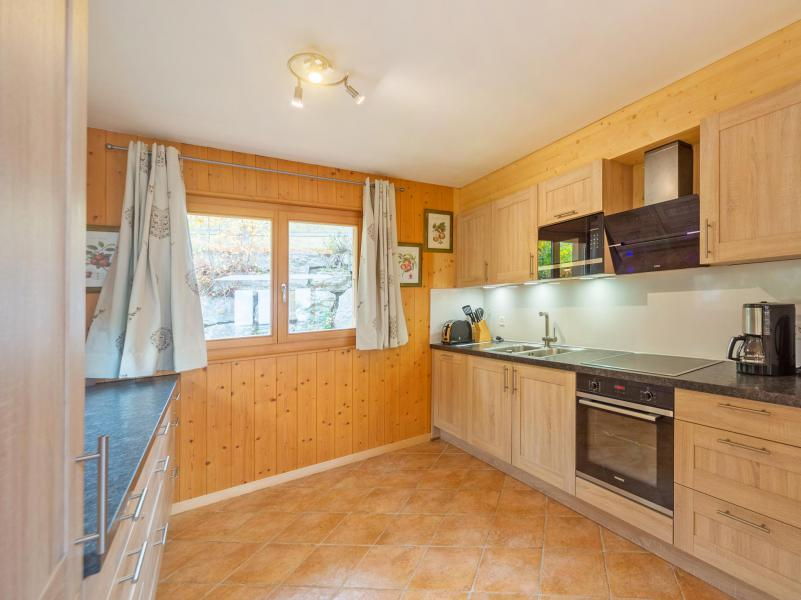 Rent in ski resort Chalet Pierina - La Tzoumaz - Kitchen