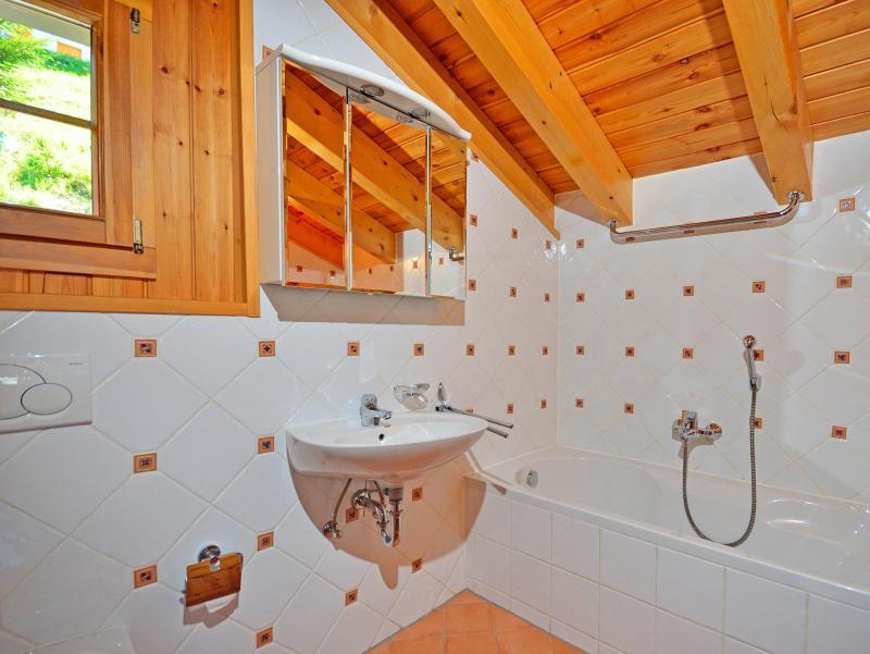 Location au ski Chalet Quatre Vallées - La Tzoumaz - Salle de bains