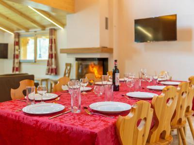 Location au ski Chalet Pierina - La Tzoumaz - Salle à manger