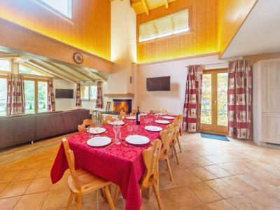 Location au ski Chalet Pierina - La Tzoumaz - Table