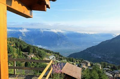 Location au ski Chalet duplex 5 pièces 8 personnes - Chalet Quatre Vallees - La Tzoumaz - Balcon