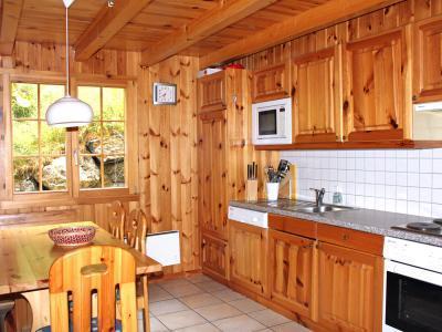 Location au ski Chalet duplex 5 pièces 8 personnes - Chalet Quatre Vallees - La Tzoumaz - Cuisine