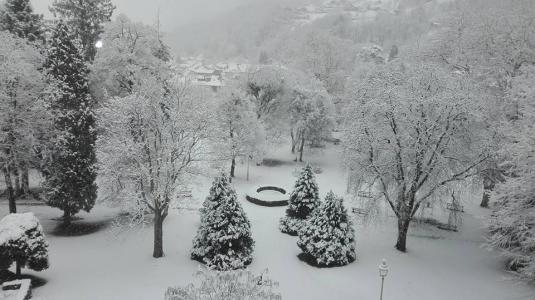 Location au ski Appart'Hôtel le Splendid - Le Collet d'Allevard - Extérieur hiver