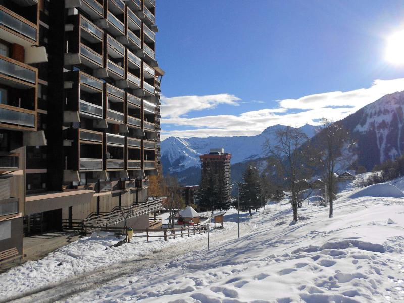 Holiday in mountain resort La Résidence Vostok Zodiaque - Le Corbier - Winter outside