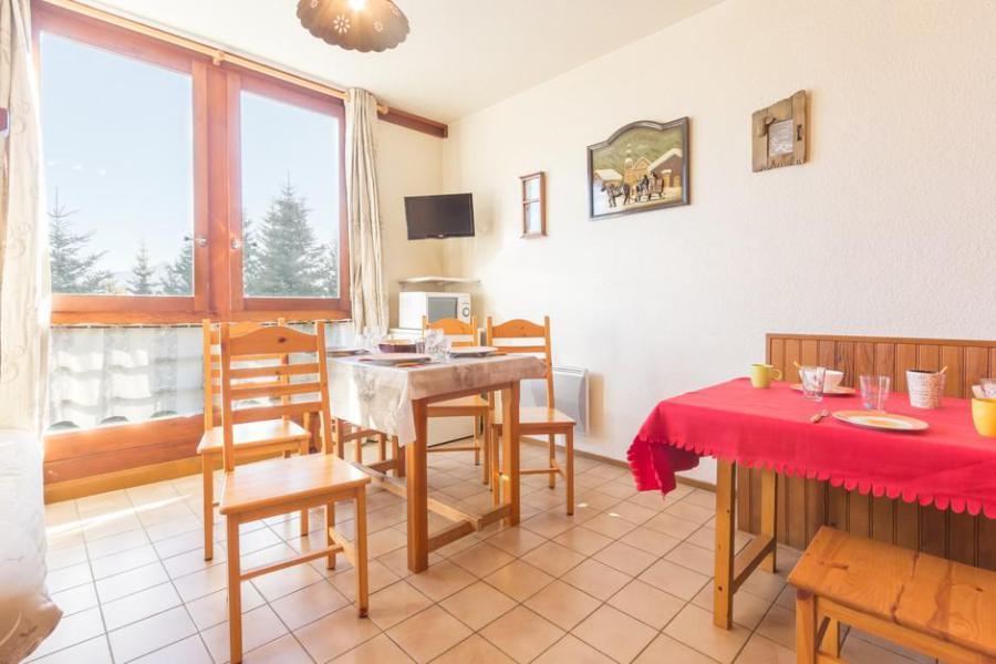 Rent in ski resort Studio sleeping corner 4 people (11) - Résidence Apollo - Le Corbier