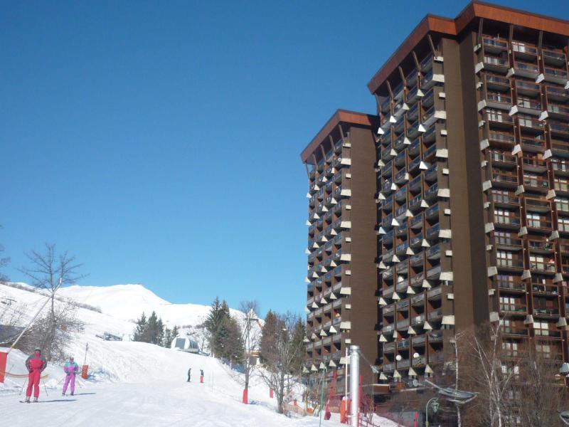 Vakantie in de bergen Résidence Zodiaque Vostok - Le Corbier - Buiten winter