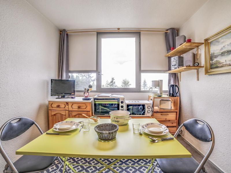 Rent in ski resort 1 room apartment 2 people (85) - Vostok Zodiaque - Le Corbier