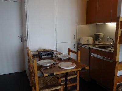 Rent in ski resort 1 room apartment 4 people (7) - Cosmos - Le Corbier - Apartment