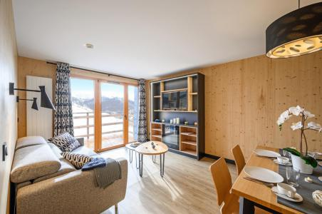 Rent in ski resort Résidence Club MMV l'Etoile des Sybelles - Le Corbier - Living room
