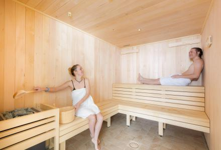 Rent in ski resort Résidence Club MMV l'Etoile des Sybelles - Le Corbier - Sauna