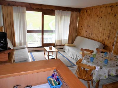 Rent in ski resort 2 room apartment 5 people (0804) - Résidence Cosmos - Le Corbier - Living room
