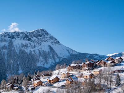 Location au ski Résidence les Alpages du Corbier - Le Corbier - Extérieur hiver
