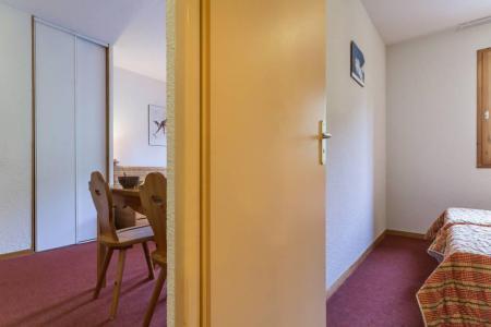 Rent in ski resort 2 room apartment 4 people (A12) - Résidence les Pistes - Le Corbier - Bedroom