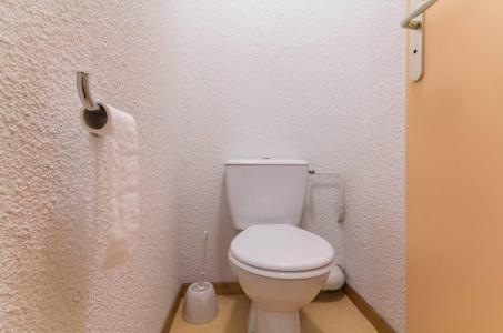 Rent in ski resort 2 room apartment 4 people (A12) - Résidence les Pistes - Le Corbier - WC