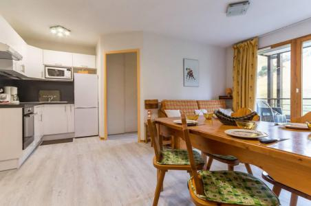 Rent in ski resort 3 room apartment 6 people (A21) - Résidence les Pistes - Le Corbier - Living room