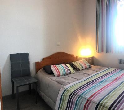Rent in ski resort 3 room apartment 6 people (C83) - Résidence les Pistes - Le Corbier - Bedroom