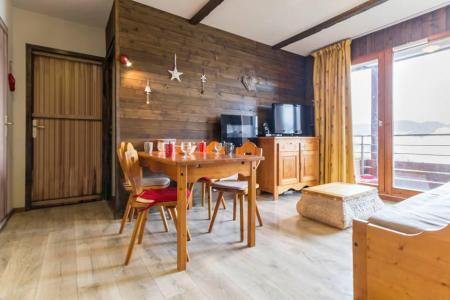Rent in ski resort 3 room apartment 6 people (C93) - Résidence les Pistes - Le Corbier - Table